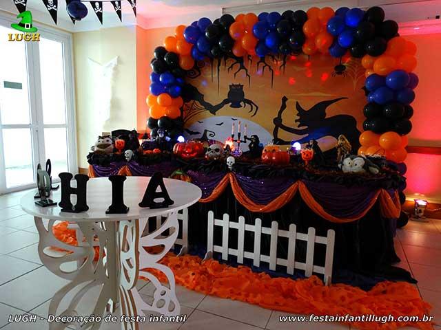 Decoração de festa infantil Halloween tradicional forrada de tecido para aniversário