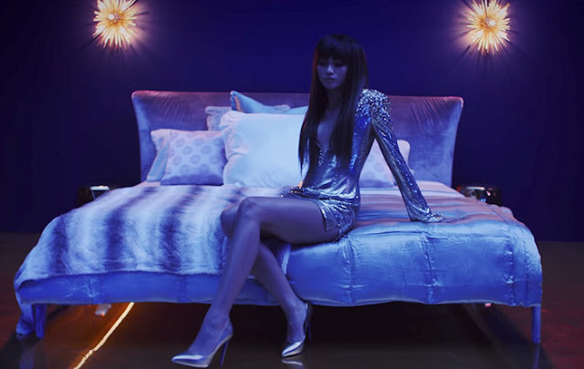 "Bruno Mars Premieres ""Versace on the Floor"" Video"