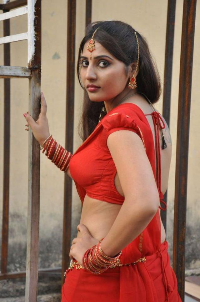 Hot indian bhabhi rashmi homemade sex part 1 - 5 1