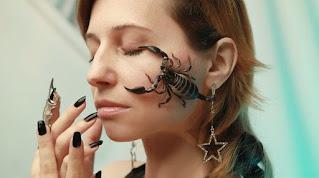scorpion-portrait-horoscope