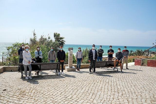 Escultura na Vila da Luz homenageia jovem atleta falecido em 2019