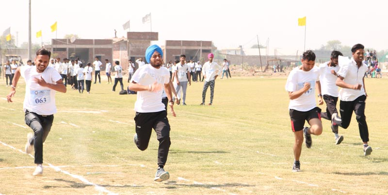 Students take part in running event during Annual Athletic Meet at CT University