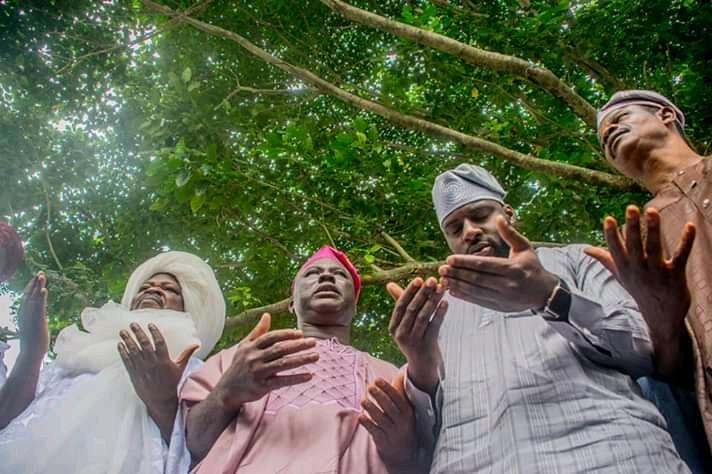 Oyo State Speaker Rt Hon Ogundoyin Adebo Celebrates Eid Al Adha With His Home Town People in Eruwa also Prays With Them See Photos3