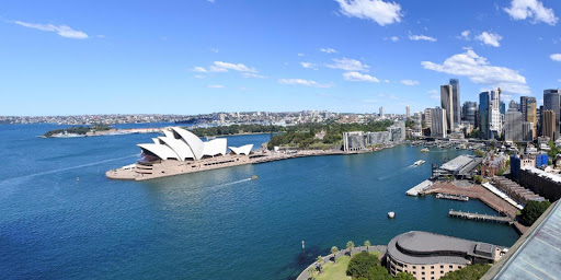 Top Reasons to Travel and Find Cheap Hotels in the Beautiful Australia