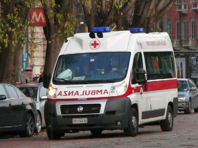 Ladro morto e carabiniere ferito con cacciavite durante un tentato furto