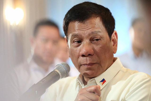 O presidente das Filipinas, Rodrigo Duterte, suspendeu a polêmica guerra às drogas, que acabou com uma campanha sangrenta que deixou milhares de mortos.