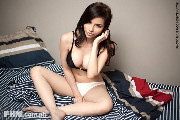 debbie garcia sexy bikini pics 03