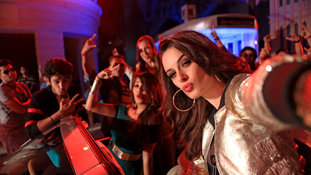 Evelyn Sharma to Party Nonstop Song with Dr Zeus