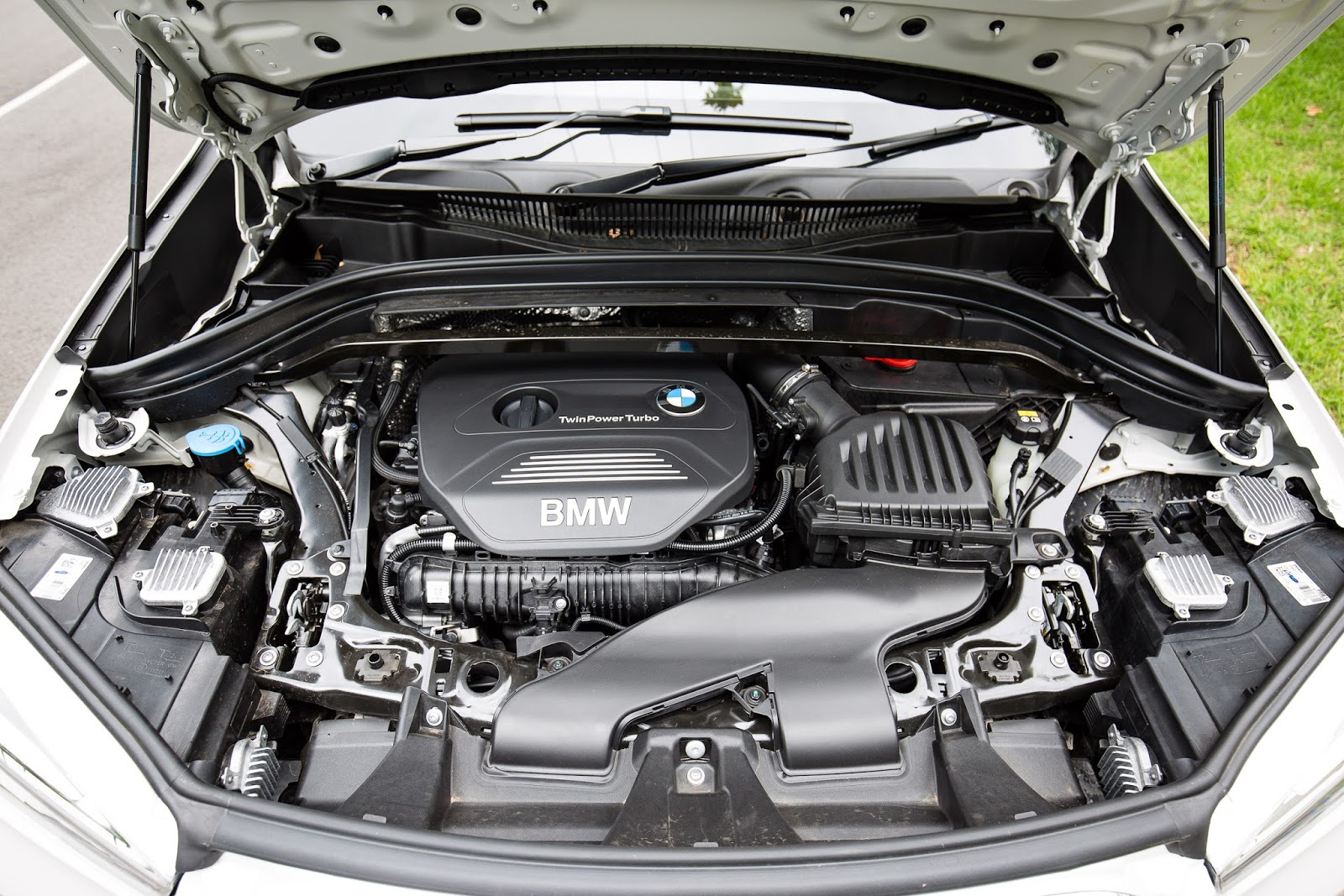 Động cơ của xe được xem là rất mạnh ở trong phân khúc của X1