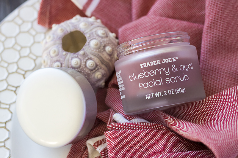 Trader Joe's Blueberry Acai Facial Scrub, Review, Lumière & Lens, Affordable Beauty