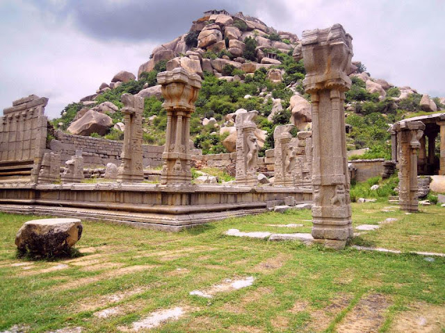 The remains of the Achyutaraya temple in Hampi