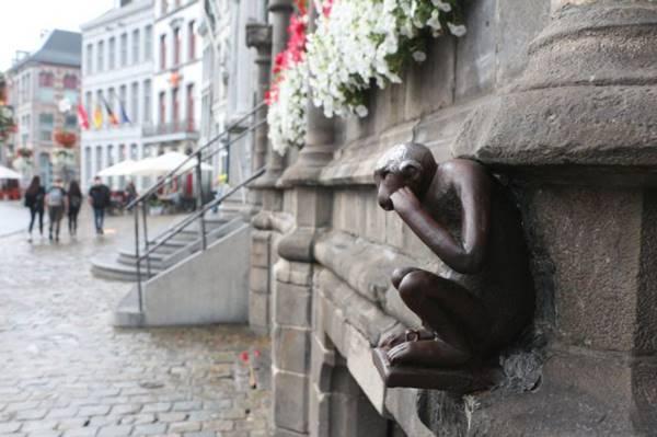 Guard Monkey, Mons, Belgium