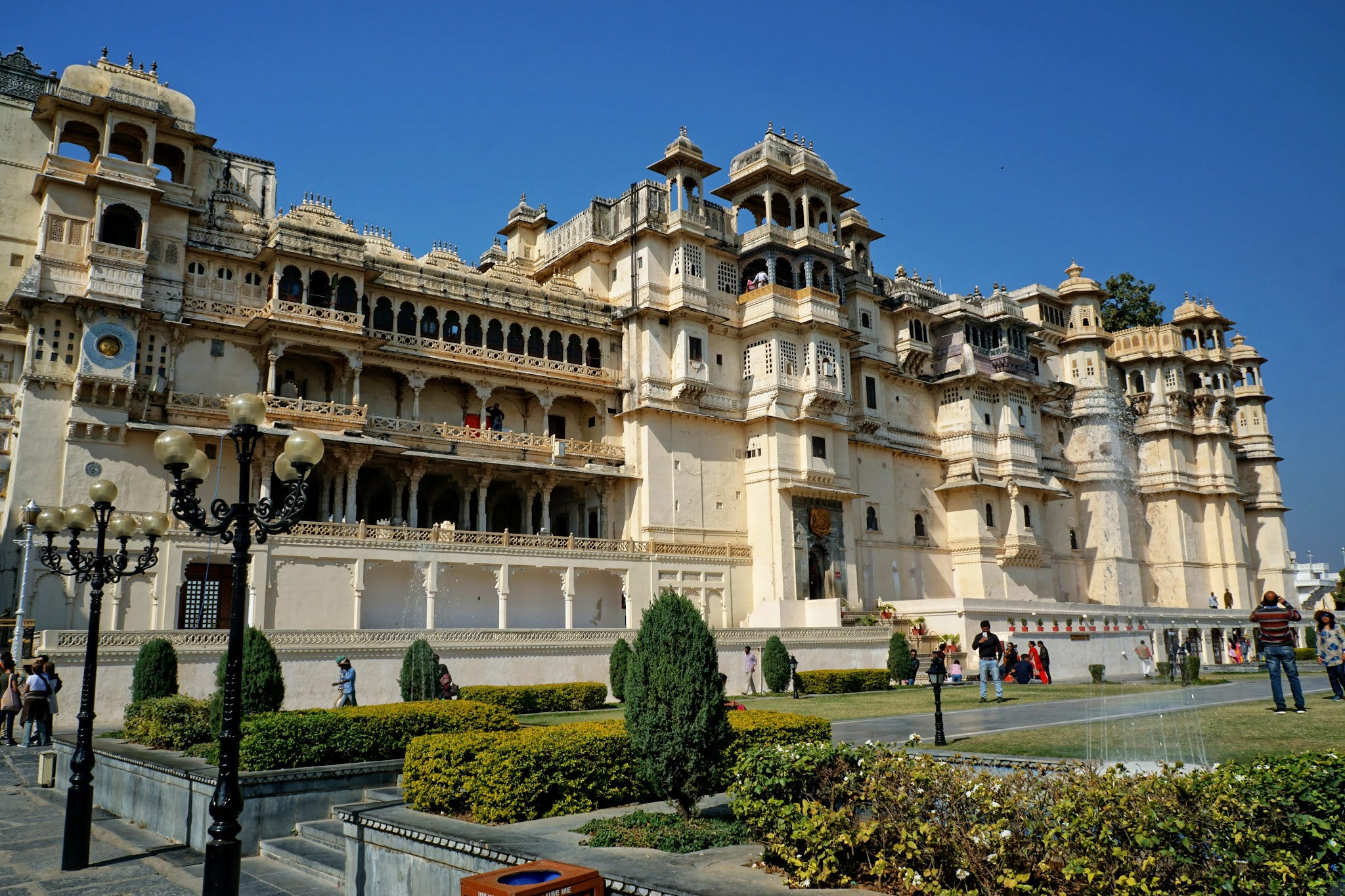 CITY-PALACE-UDAIPUR-HISTORY-TIMINGS-Trip-Reviews