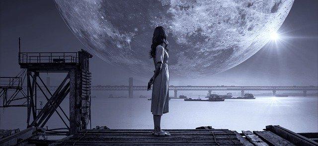 Το μαγικό κορίτσι που λάμπει αστρόσκονη