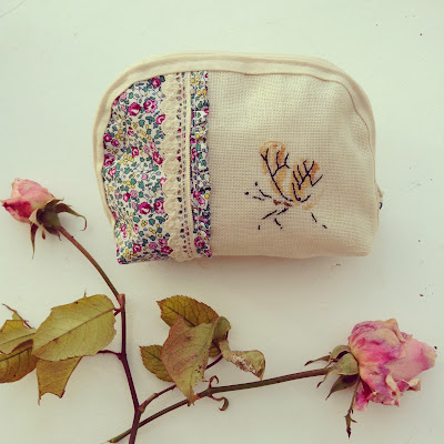 pochette lin liberty broderie