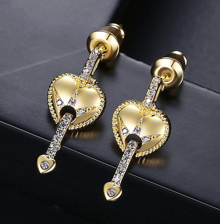 愛的魔法鋯石耳環