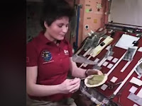 Ingin Tahu Cara Astronot Menyiapkan Makanan di Luar Angkasa?