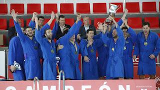 WATERPOLO - El Atlétic Barceloneta sigue sin inmutarse en la Supercopa