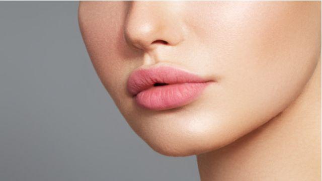 Memerahkan Bibir Hitam dari Lahir