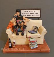 statuetta personalizzata cake topper specialo ragazza metal lettrice orme magiche