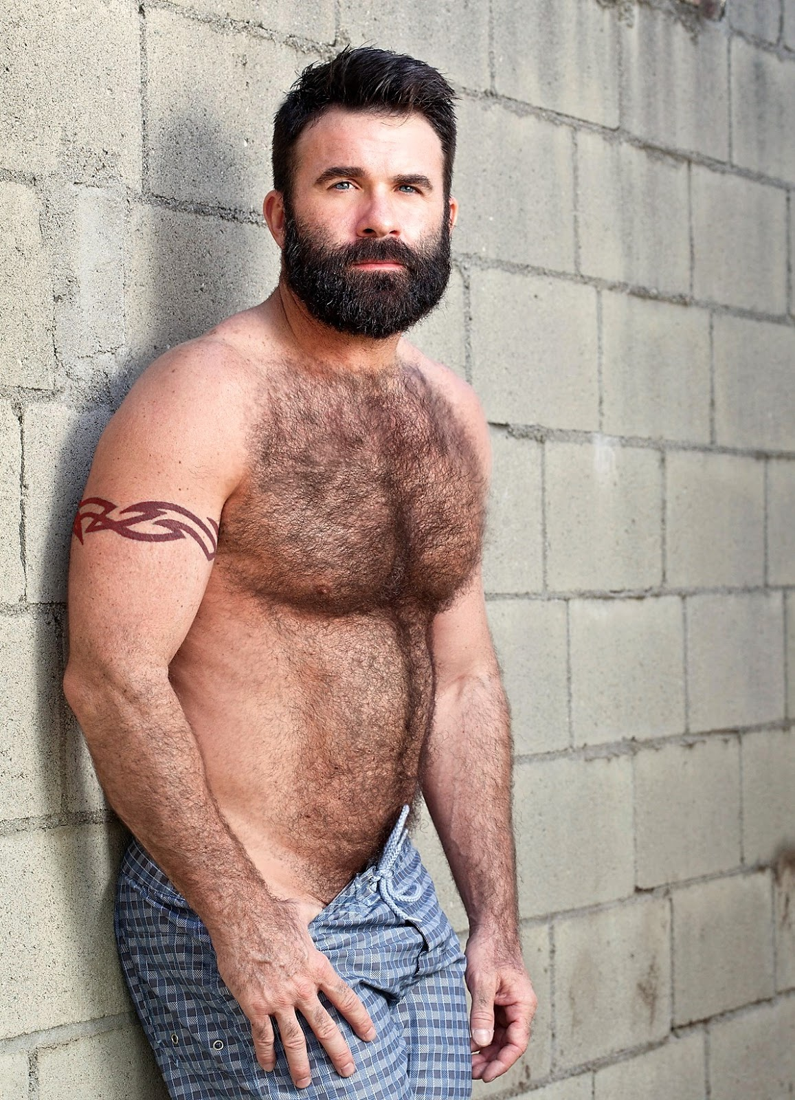 Black beard and dread nudes
