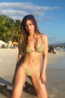 Hot and sexy photos of beautiful busty pinay hottie chick model Maica Criselle Palo photo highlights on Pinays Finest Sexy Photo Collection site.