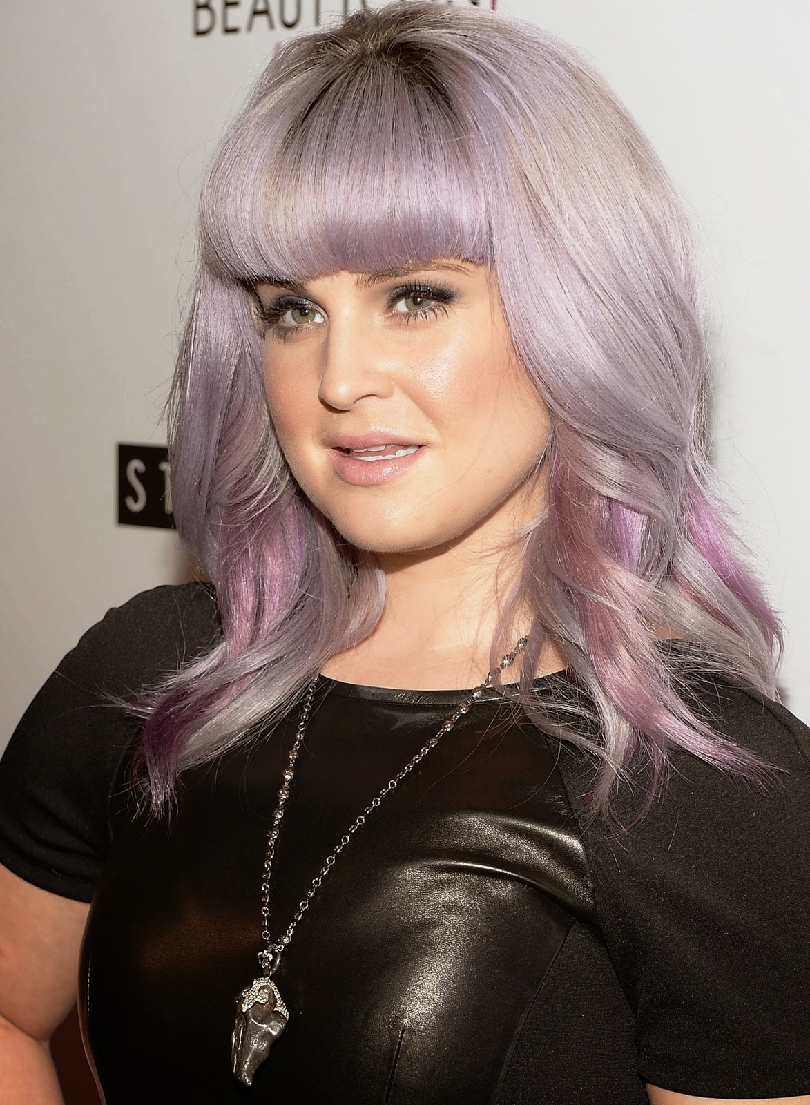 Naked Pictures Of Kelly Osbourne