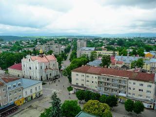 Дрогобыч. Львовская обл. Площадь Рынок и ул. Трускавецкая