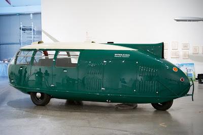 www.fertilmente.com.br - Filho de Buckminster Fuller, o carro/avião/kombi é um sucesso de bizarrice