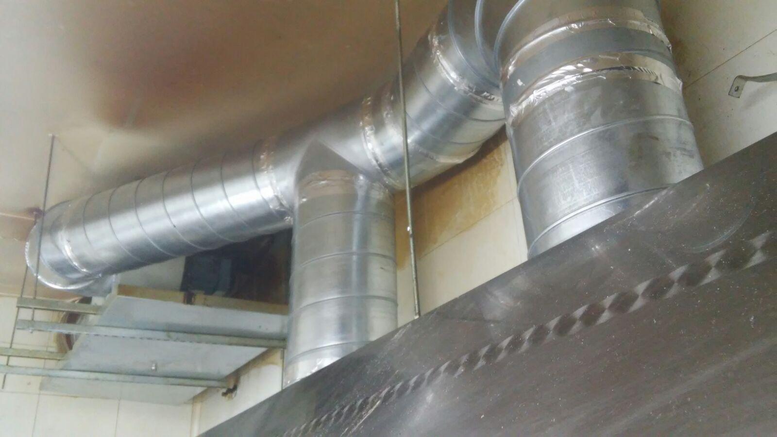 Motores salida de humos de cocinas industriales bares y - Tubos para salida humos cocina ...