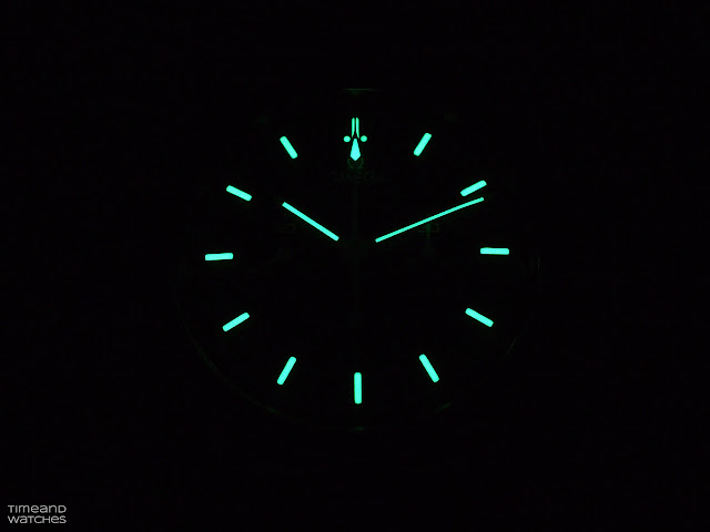 The lume of the Omega Speedmaster Moonwatch 2021