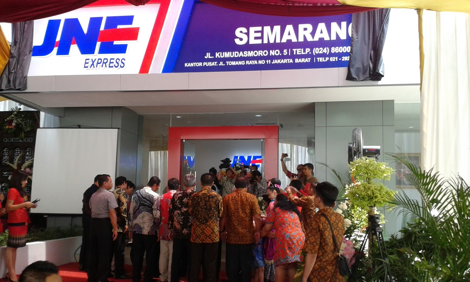 Mom Copywriter Jne Semarang Siapkan Public Space Buat Ukm Dan Komunitas Di Gedung Baru