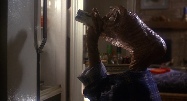 E.T. the Extra-Terrestrial 1982 Dual Audio Hindi 720p BluRay