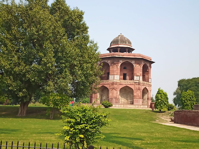Two-storey rounded domed building used by Humayun as a a library at Purana Qila