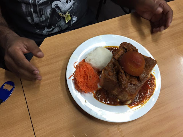 Hollywood Bunny Chow - Hollywoodbets