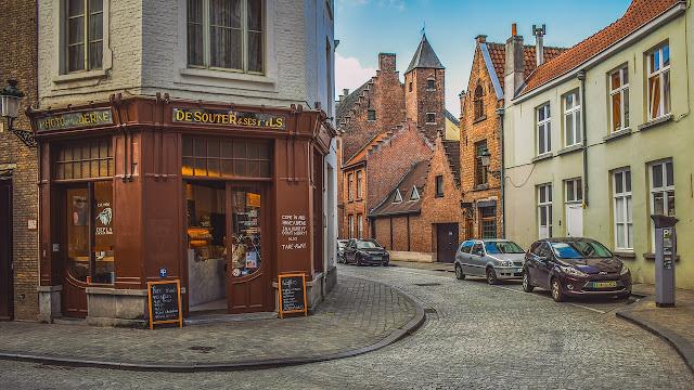 , Belçika'da Çalışma Şartları, Kazançları ve İş Olanakları