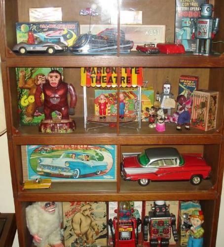 Most Sought After Antiques: Mad Moose Mama: What Are The Most Collectable Antique Items?