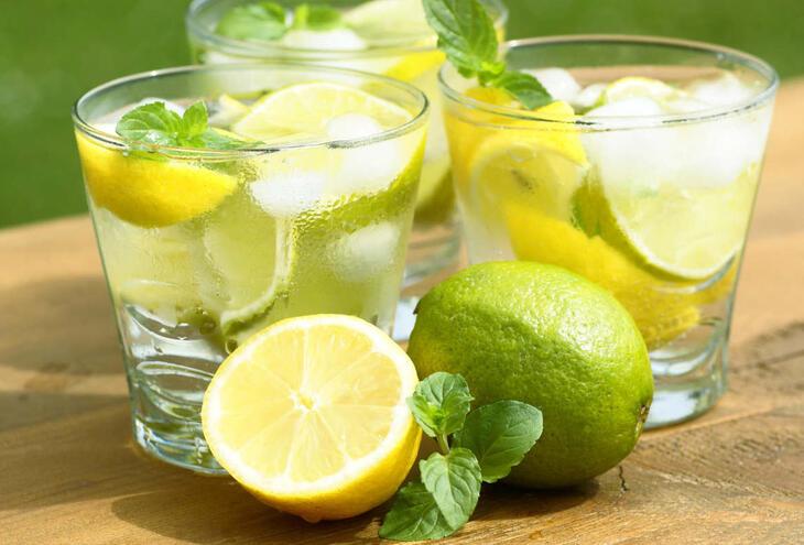 Limão e água
