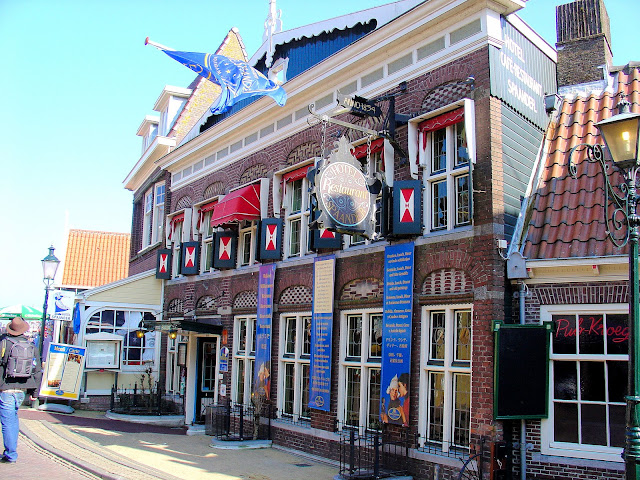 The Hotel Spandaar in Volendam continues to draw visitors and artists to this day