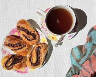 https://www.mamadoszescianu.pl/2020/05/domowe-drozdzowki-z-nutella.html
