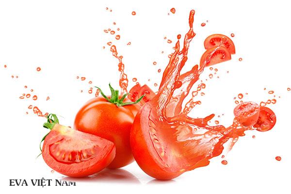 Trị môi thâm bẩm sinh bằng cà chua
