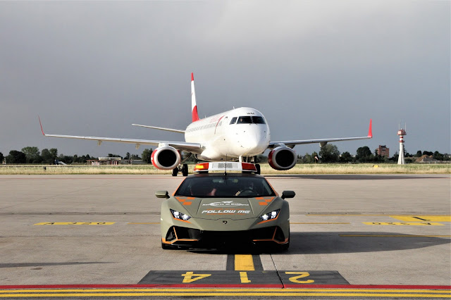 Follow Me: Lamborghini auf dem Flughafen Bologna.