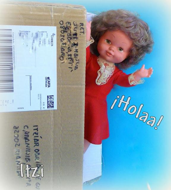 Muñeca Bambinela de ESVI con vestido rojo.  SPANISH doll