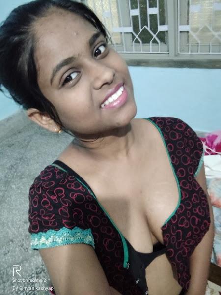 Sexy Girl Selfie Pics