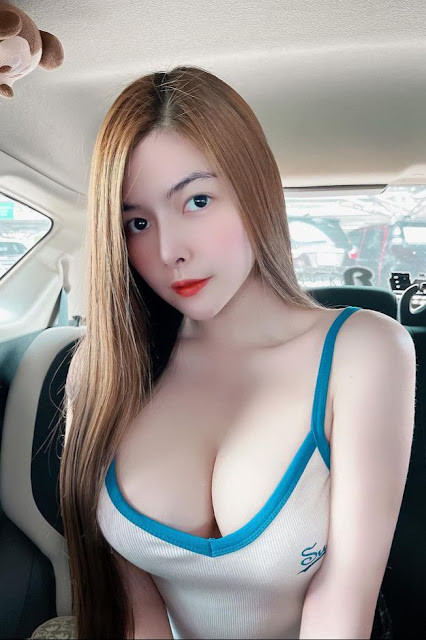 Hot and sexy big boobs photos of beautiful busty asian hottie chick Thai brand ambassador Nattinan Sai photo highlights on Pinays Finest sexy nude photo collection site.
