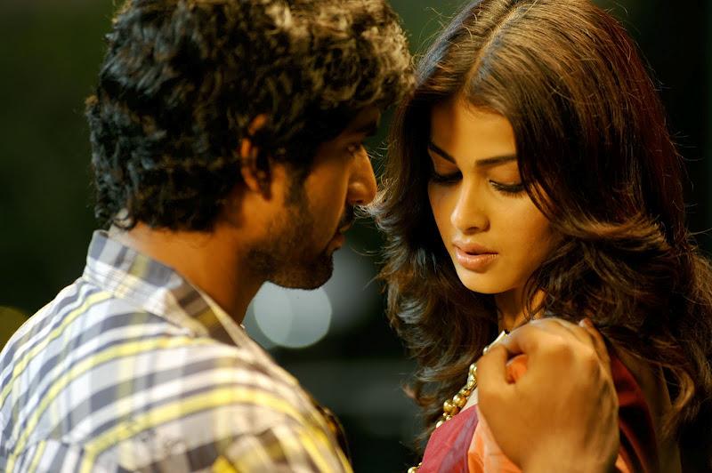 tamil cinema foto: Genelia starring Naa Ishtam Movie New ...