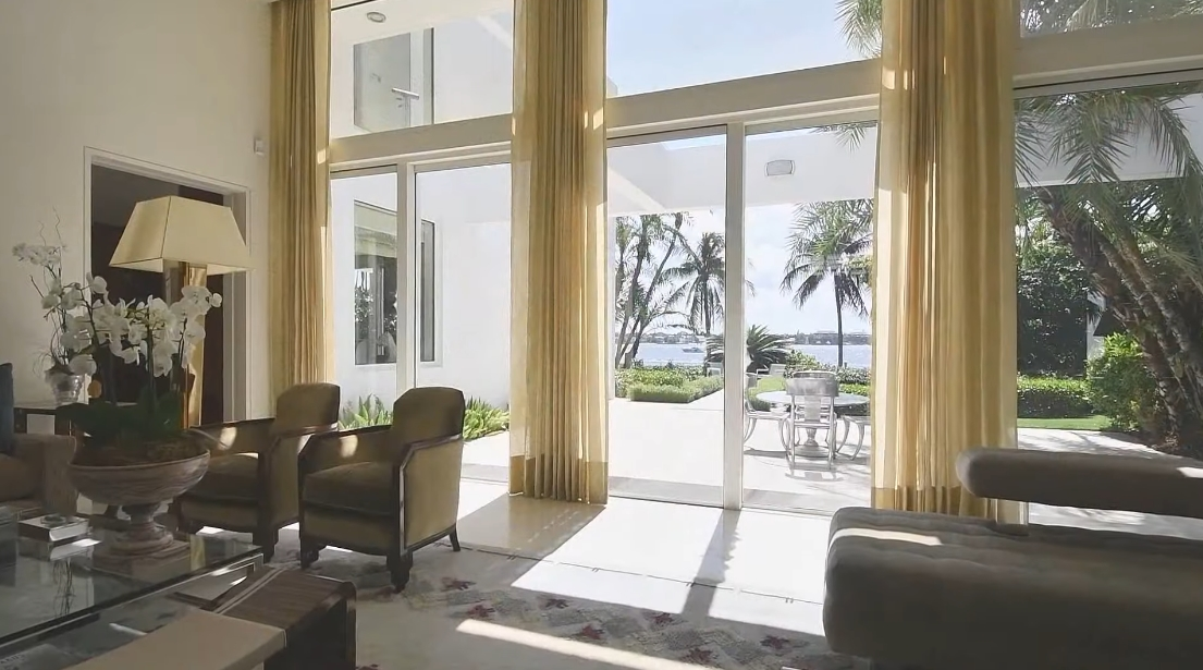 35 Interior Design Photos vs. 936 N Lake Way, Palm Beach, FL Luxury Home Tour