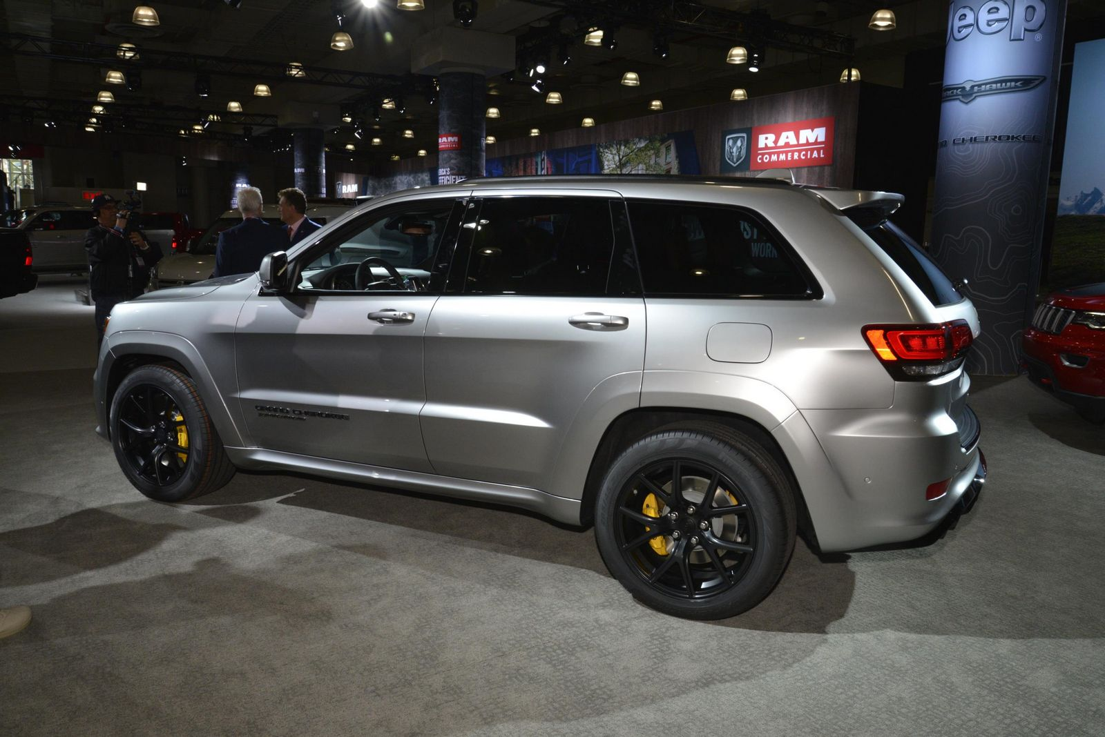 Jeep's 707HP Grand Cherokee Trackhawk Looks Even Better In ...