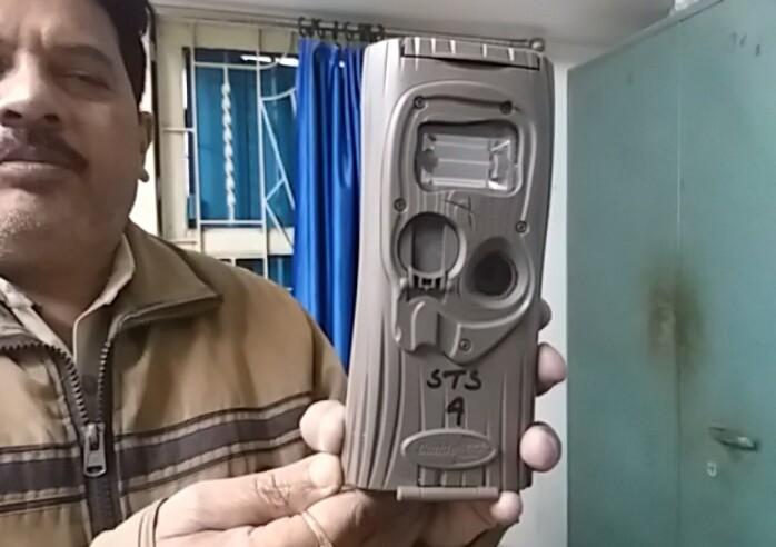 বাঘ দেখল বিনপুরবাসী, বাঘের গন্ধে হাজির মুখ্য বনপাল 2