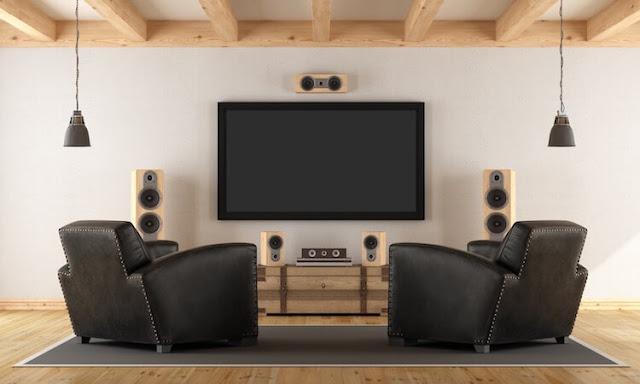Loa surround được hiểu thế nào? Nó khác gì so với loa stereo?